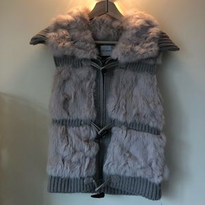 YVES SALOMON unworn beige knit rabbit fur vest
